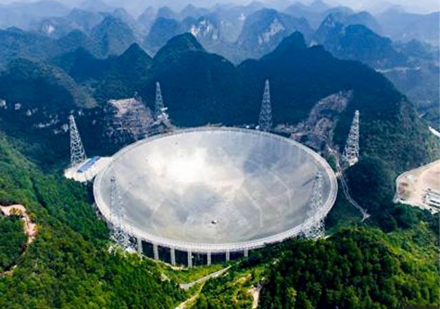 Funciona en China mayor radiotelescopio del mundo