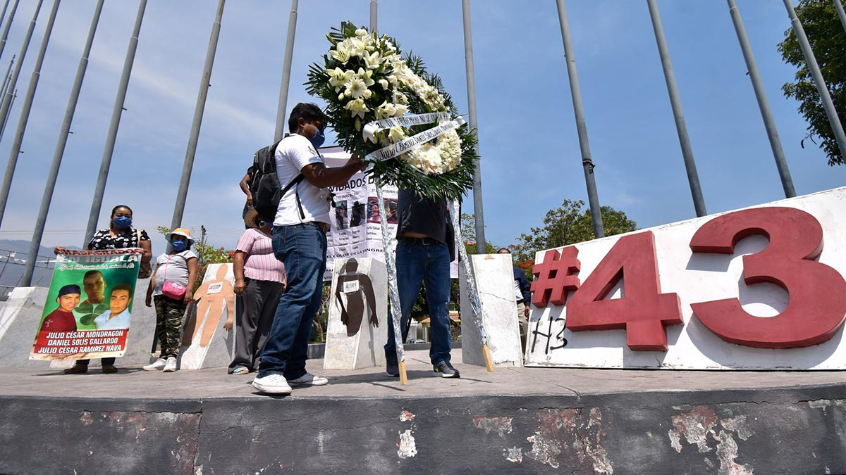"""Detienen a """"Mochomo"""", vinculado en caso de normalistas de Ayotzinapa"""