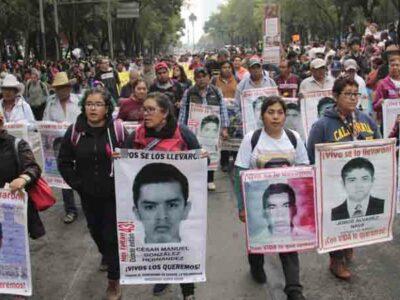 """Ayotzinapa: esto dice la """"verdad histórica"""" de la desaparición de los 43 normalistas"""