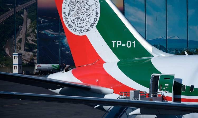 Avión presidencial regresa a México, reportan
