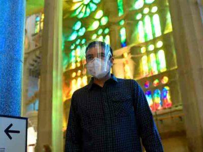España homenajea a médicos en reapertura de Basílica de la Sagrada Familia