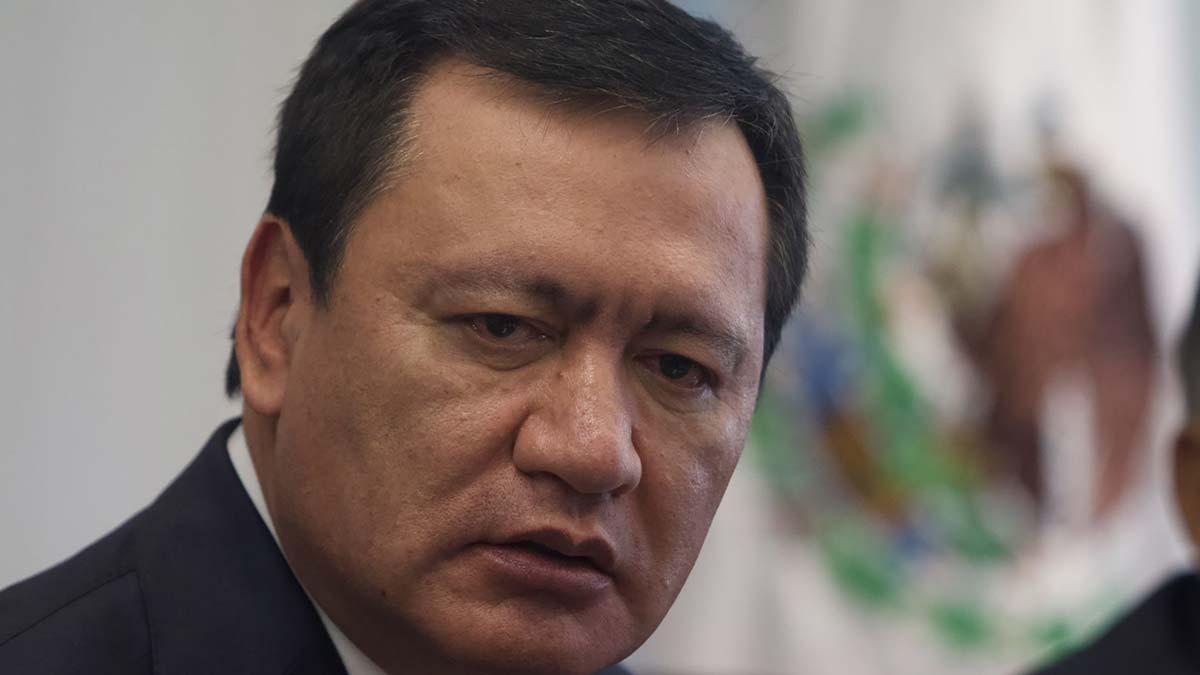 """Pide Osorio Chong a la SFP """"manejo pulcro"""" a la investigación en su contra"""