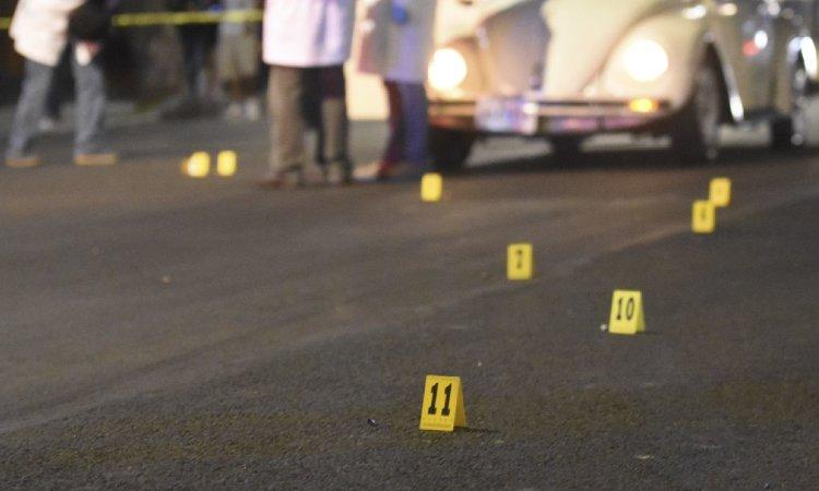 POLICIA DE INVESTIGACION Y SUS 2 HIJOS MUEREN TRAS ATAQUE