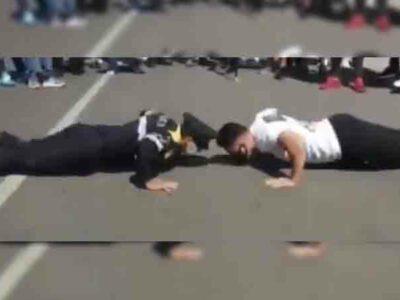 CDMX: policía se enfrenta a manifestante en reto de lagartijas