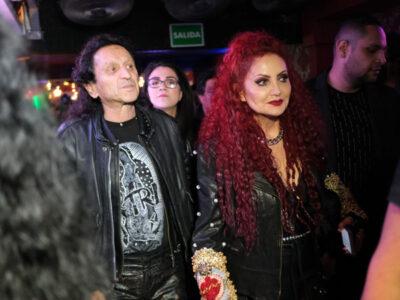 "Alex Lora y Chela del Tri celebran bodas de Rubí e invitan a ""toda la banda"""
