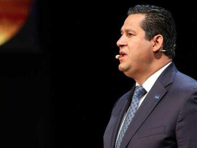 Diego Sinhue Rodríguez Vallejo, gobernador de Guanajuato, reveló que asistía sólo los lunes a las reuniones de seguridad.