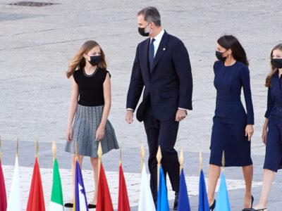 Princesa Leonor pide al rey de España usar cubrebocas