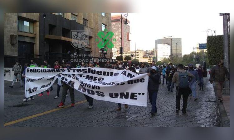 Músicos marchan al Zócalo de CDMX; piden apoyos económicos