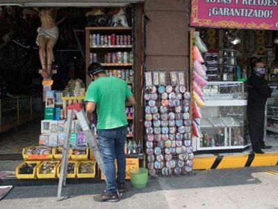 Banxico anuncia apoyos a empresas afectadas por COVID-19