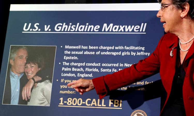 "Mensaje de Jeffrey Epstein a Ghislaine Maxwell: ""no hiciste nada malo"""