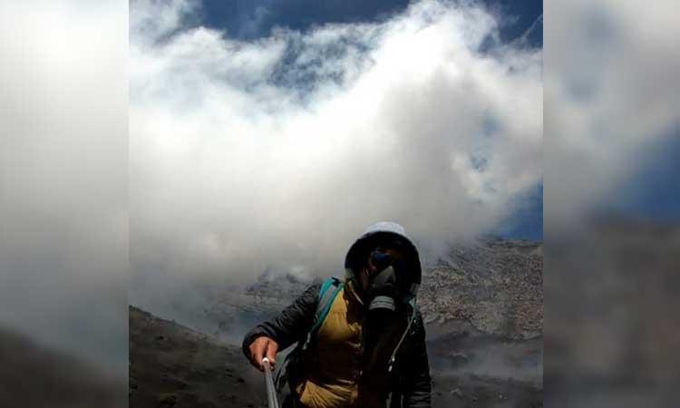 Volcán Popocatépetl: Youtuber sube al cráter y toma video