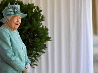 Reina Isabell II lanza su marca de alcohol.
