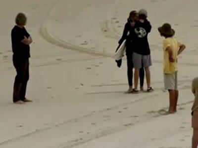 Tiburón ataca y mata a surfista adolescente en Australia