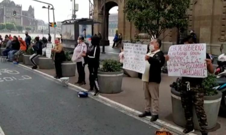Zócalo de CDMX: Comerciantes protestan para reactivar economía