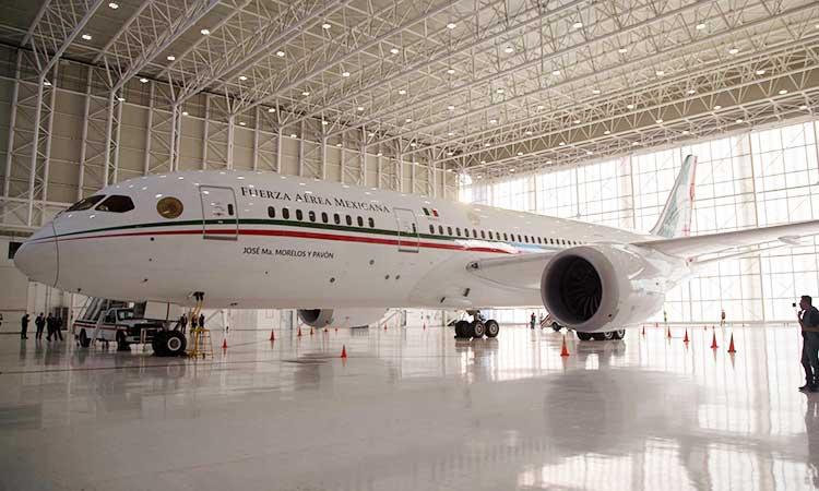 El avión Boeing 787-8 cuenta con notables acabados de lujo.
