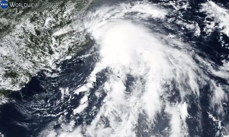 Imágenes desde el espacio muestran la tormenta tropical Fay en EU