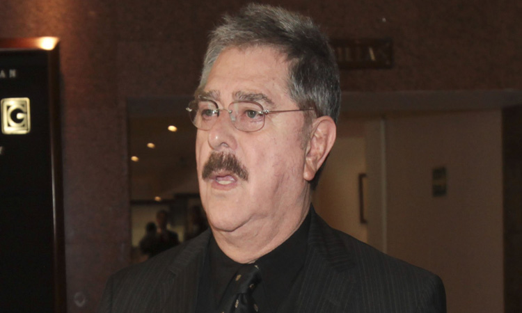 Raymundo Capetillo, actor mexicano, está hospitalizado por COVID-19
