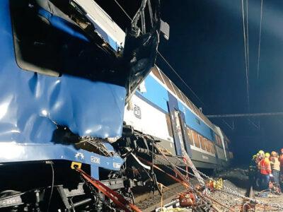 En Praga, choque de trenas deja un muerto y decenas de heridos