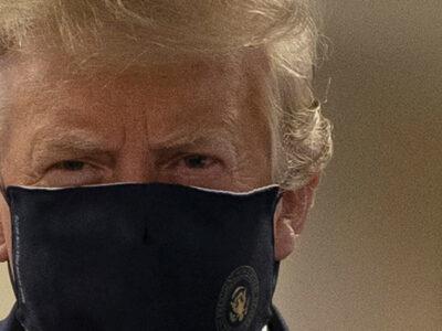 Trump usa cubrebocas por primera vez durante visita a hospital