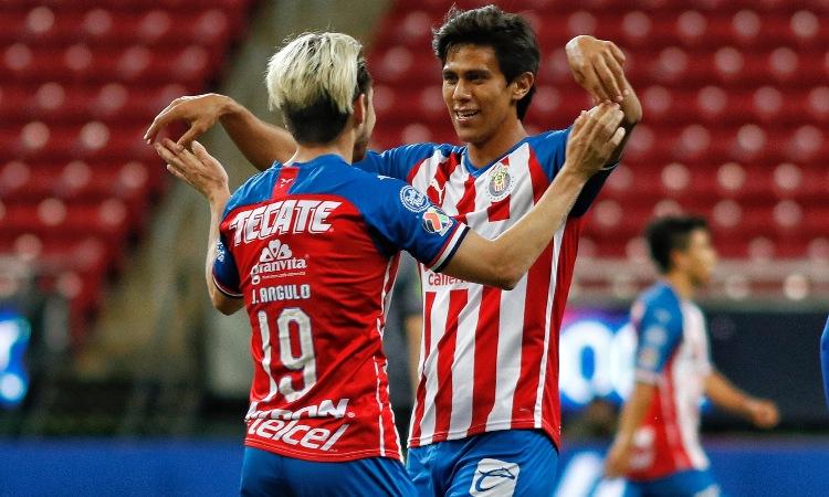 Las Chivas se mostraron convicentes en su victoria en el Clásico Tapatío.