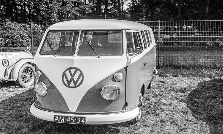 Combi de 23 ventanas de Volkswagen sale a subasta; se cotiza por 1.8 millones de pesos