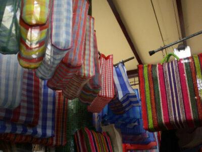 Zara vende bolsa de mandado en casi 700 pesos
