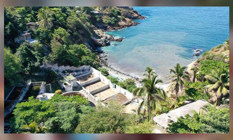 Persiste descarga de aguas negras en Puerto de Acapulco