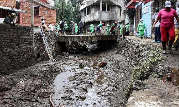 Por fuertes lluvias en CDMX, hay 300 familias afectadas: Sheinbaum