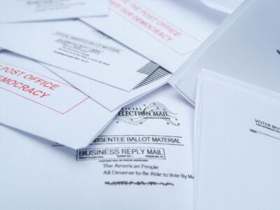 Elecciones en EU: servicio postal advierte de retrasos en votos enviados por correo