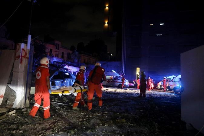 Beirut, Líbano: rescatan a niña bajo escombros de un edificio