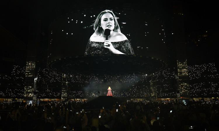 Adele reaparece en redes y envía mensaje a Beyoncé