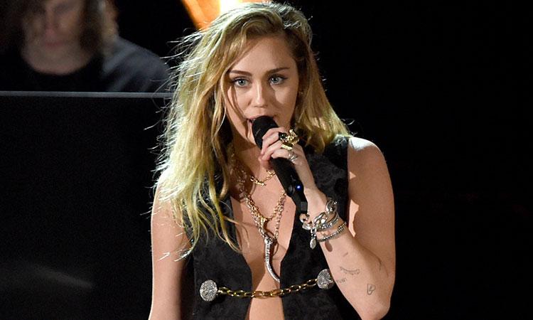 Miley Cyrus rompe con Cody Simpson