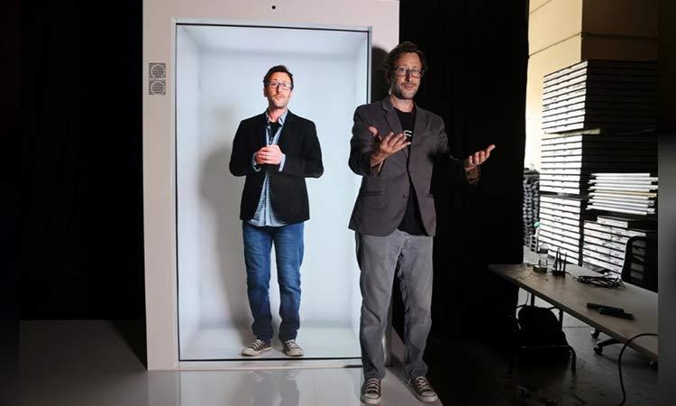 Ya puedes interactuar con hologramas tamaño real