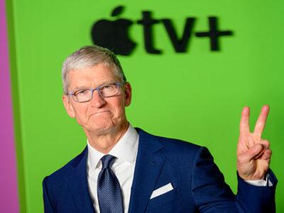 Tim Cook, CEO de Apple, se convierte de manera oficial en multimillonario