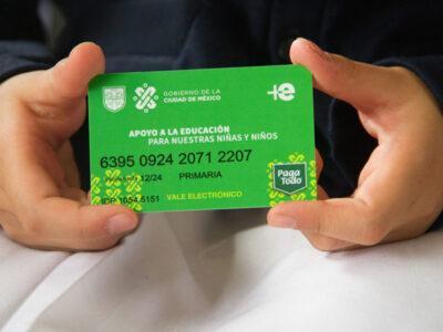 Programa de Útiles y Uniformes Escolares CDMX dividirá en dos pagos