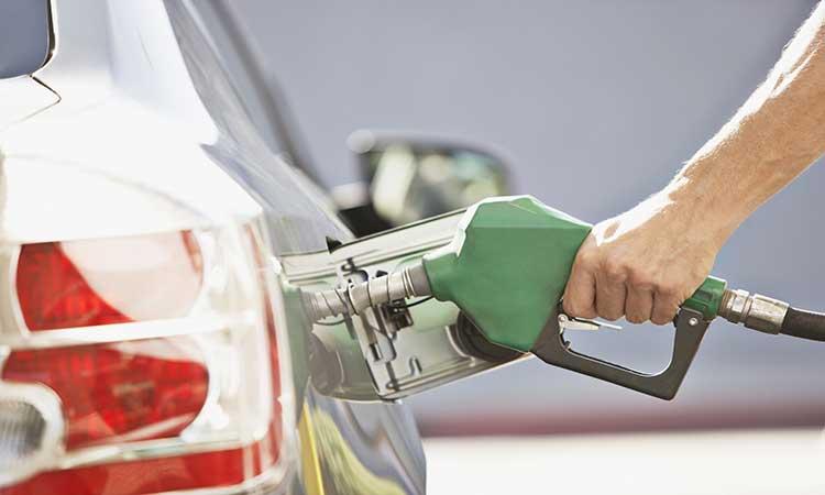 AMLO reconoce incremento en gasolinas y explica a qué se debe