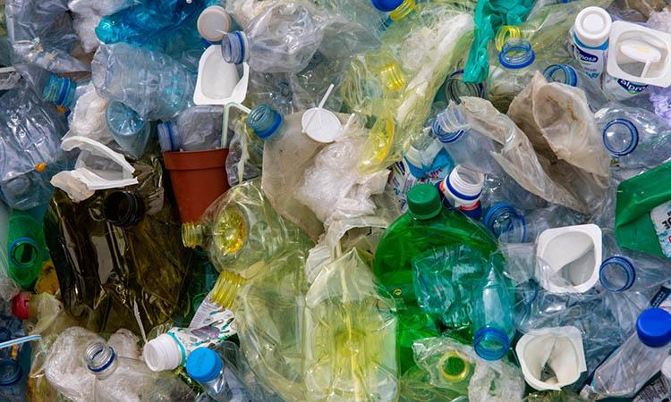 Atlántico contiene entre 12 y 21 millones de toneladas de microplástico.