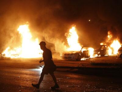 Noche de protestas en Wisconsin tras agresión policiaca a Jacob Blake
