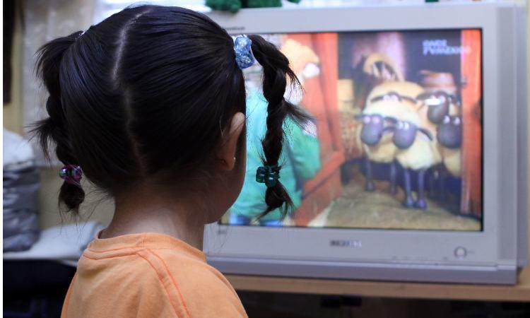SEP afirma que actúa con seriedad sobre clases por TV