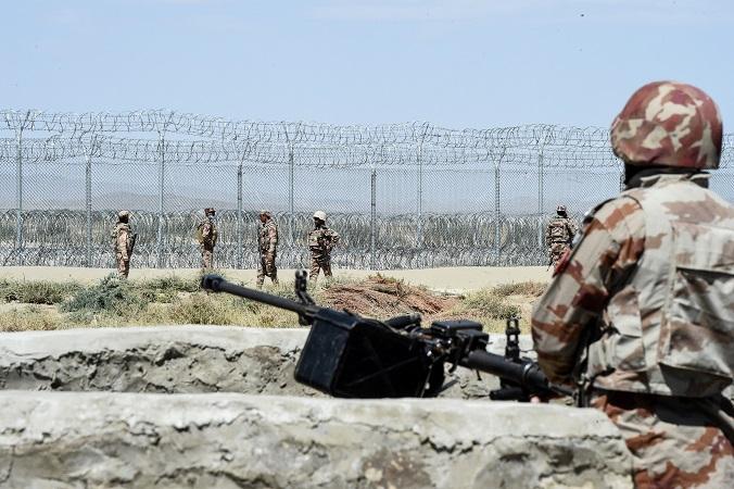 Afganistán: ataques aéreos matan a más de 30 talibanes