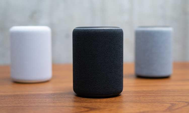 Amazon firma con actor de Bollywood para usar su voz en Alexa