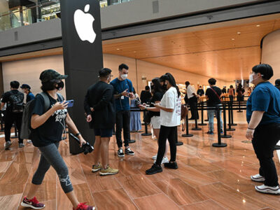 Apple diseña cubrebocas para sus empleados por COVID-19
