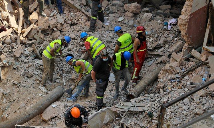 Beirut: Disminuye esperanza de hallar a superviviente entre escombros