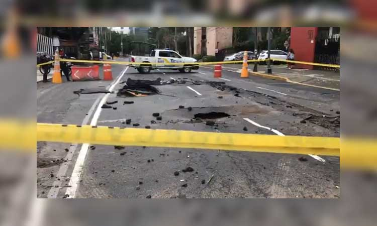 CDMX: lluvias provocan socavón en alcaldía Álvaro Obregón