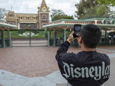 Disney despedirá a 28 mil empleados en EU por pandemia de COVID-19