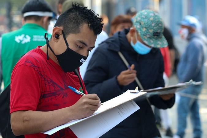 Banxico: jóvenes los que más perdieron empleo por el COVID-19