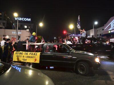 Estados Unidos: vehículos arrollan a manifestantes