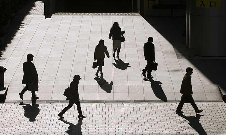 Empresas ayudan a personas a desaparecer por tiempo indeterminado