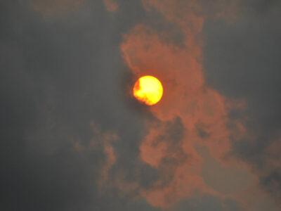 Sonora: Sol rojo sorprende a habitantes; esto causó el fenómeno