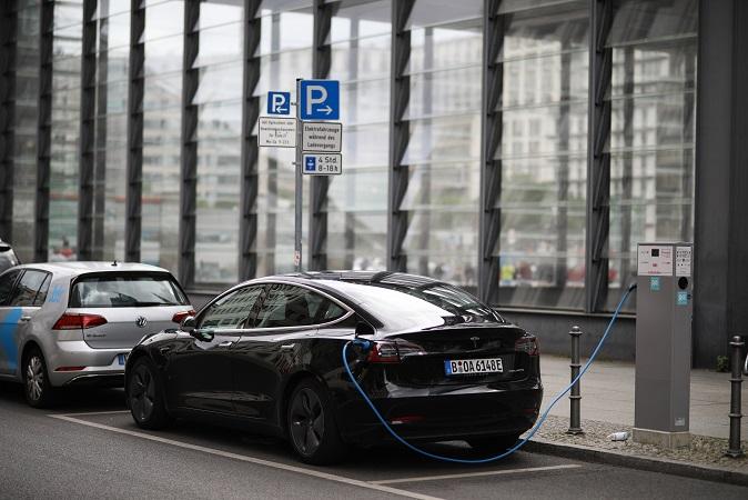 Tesla y Elon Musk podría sorprender con anuncios sobre autos eléctricos